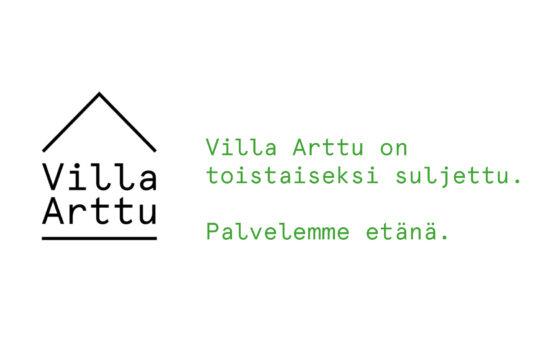 Valkoisella pohjalla Villa Artun logo vasemmalla puolella, oikealla puolella vihreällä tekstillä : Villa Arttu on tostaiseksi suljettu. Palvelemme etänä.