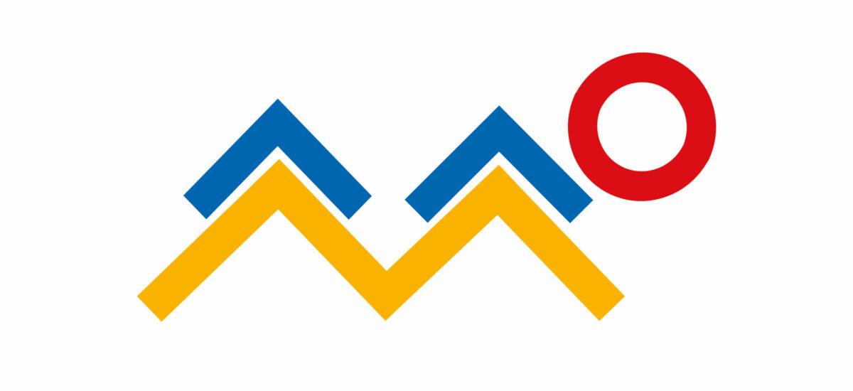 Matoa muistuttava kuvio, jossa punainen ympyrä ja sinisiä ja keltaisia suorakulmioita.